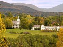 <p>A view of the Bennington College in Bennington, Vermont, is seen in this handout photo taken in 2007. REUTERS/Gregory Cherin/Bennington College/Handout</p>