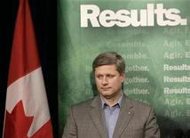 <p>Canada's Prime Minister Stephen Harper waits to speak at a news conference in Vancouver, British Columbia, March 13, 2007. REUTERS/Lyle Stafford</p>