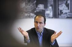 <p>Expedia Chief Executive Officer Dara Khosrowshani is interviewed at the Reuters Hotels and Casinos Summit in Los Angeles, California February 12, 2008. REUTERS/Phil McCarten</p>