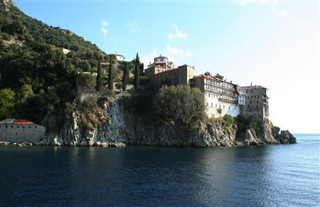 A general view of Gregoriou Monastery in Orthodox monastic community of Mount Athos October 22, 2008. REUTERS/Daniel Flynn