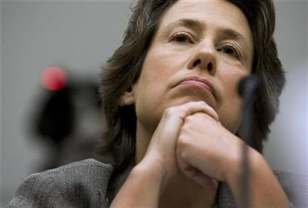 FDIC Chairwoman Sheila Bair testifies before the House Financial Services Committee, about housing foreclosures, on Capitol Hill, September 17, 2008. REUTERS/Larry Downing