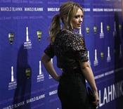 """<p>Foto de archivo de la actriz estadounidense Hilary Duff durante la recepción del premio Rodeo Drive Walk of Style otorgado al diseñador Manolo Blahnik en Beverly Hills, EEUU, 25 sep 2008. Duff, reconocida como la estrella del programa del canal Disney """"Lizzie McGuire"""", regresará a la televisión con su propia serie informó la cadena NBC el viernes. REUTERS/Mario Anzuoni</p>"""