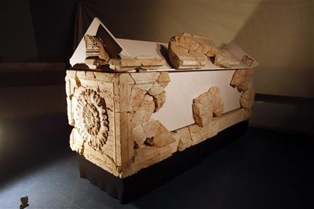 A sarcophagus, one of three found where Herod's fortress palace once stood, is seen at Hebrew University in Jerusalem November 19, 2008. An Israeli archaeologist said on Wednesday he had unearthed the 2,000-year-old remains of two sacrophagi in which a wife and daughter-in-law of the biblical King Herod had been interred. The findings announced by Ehud Netzer of Jerusalem's Hebrew University could cast new light on the lavish lifestyle of the Roman-era monarch also known as the ''King of the Jews.'' REUTERS/Baz Ratner