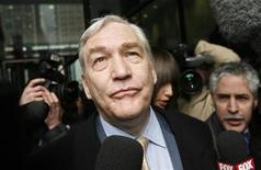 <p>Former media baron Conrad Black leaves the Dirksen Federal Courthouse after his sentencing hearing in Chicago, in this December 10, 2007. REUTERS/John Gress</p>