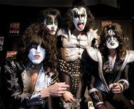<p>Paul Stanley, Eric Singer, Gene Simmons and Tommy Thayer (L-R) of the U.S. rock group KISS pose for photographers at the Koenig-Pilsener-Arena in Oberhausen, May 8, 2008. REUTERS/Kirsten Neumann</p>