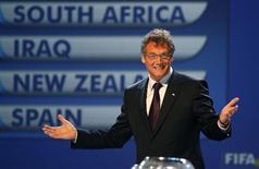 <p>O secretário-geral da Fifa, Jerome Valcke, durante a escolha dos grupos da Copa das Confederações REUTERS/Radu Sigheti (SOUTH AFRICA)</p>
