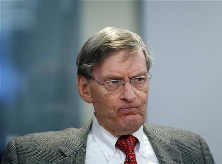 Bud Selig, Major League Baseball Commissioner, speaks at the Reuters Media Summit in New York, December 2, 2008. REUTERS/Brendan McDermid