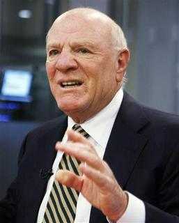 Barry Diller, Chairman and Chief Executive Officer of IAC/InterActiveCorp, speaks at the Reuters Media Summit in New York, December 4, 2008. REUTERS/Shannon Stapleton