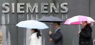 <p>Una sede di Siemens a Monaco. REUTERS/Michaela Rehle</p>