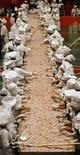 <p>Chefs preparam maior ceviche do mundo no Peru, no domingo. REUTERS/Pilar Olivares</p>