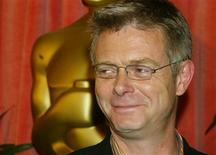 <p>Stephen Daldry poses as he arrives at the Academy Award nominee luncheon in Beverly Hills March 10, 2003. REUTERS/Fred Prouser</p>