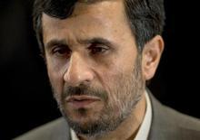 <p>Президент Ирана Махмуд Ахмадинежад на цремонии открытия первого Форума мэров стран Азии в Тегеране 19 ноября 2008 года. Президент Ирана Махмуд Ахмадинеджад сказал во вторник, что его французский коллега Николя Саркози выказывает высокомерие, достойное древнеегипетских фараонов. REUTERS/Morteza Nikoubazl</p>