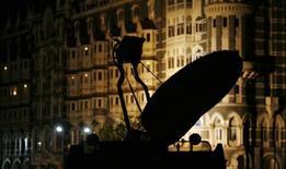 <p>Un disco satellitare di una tv. REUTERS/Arko Datta</p>