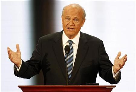 Former U.S. Senator Fred Thompson (R-TN) speaks at the 2008 Republican National Convention in St. Paul, Minnesota September 2, 2008. REUTERS/Mike Segar