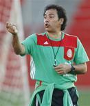 <p>Hugo Sánchez, ex-técnico da seleção mexicana, agora técnico do espanhol Almeria REUTERS/Henry Romero (MEXICO)</p>