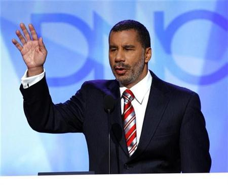 New York Governor David Paterson speaks at the 2008 Democratic National Convention in Denver, Colorado, in this file photo from August 26, 2008. REUTERS/Mike Segar