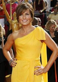 Actress Mariska Hargitay, star of the drama series ''Law & Order: Special Victims Unit'', poses as she arrives at 60th annual Primetime Emmy Awards in Los Angeles September 21, 2008. REUTERS/ Mario Anzuoni