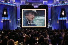<p>Memorial a Heath Ledger nel 14esimo Screen Actors Guild Awards di Los Angeles, gennaio 2008. REUTERS/Danny Moloshok</p>