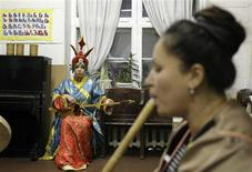 <p>A national Shors ensemble rehearse in Novokuznetsk, December 19, 2008. REUTERS/Denis Sinyakov</p>