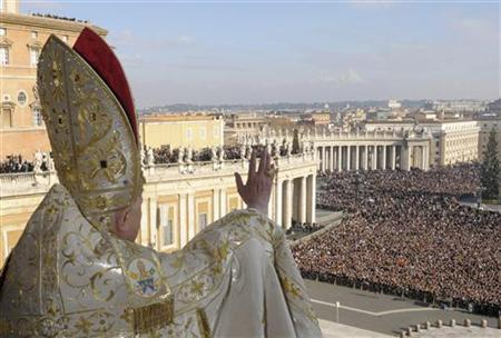 File photo shows Pope Benedict XVI from the central balcony of Saint Peter's Square at the Vatican December 25, 2007. REUTERS/Osservatore Romano