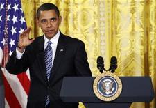 <p>Президент США Барак Обама говорит о проблемах экономики в Белом доме в Вашингтоне 28 января 2009 года. Президент США Барак Обама одержал в среду свою первую победу в Палате представителей Конгресса - законодатели одобрили выделение пакета экономических стимулов объемом $825 миллиардов. REUTERS/Kevin Lamarque</p>