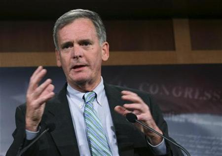 Senator Judd Gregg (R-NH) speaks to the media about the bailout package for the current financial and banking crisis, on Capitol Hill in Washington, September 28, 2008. REUTERS/Chris Kleponis