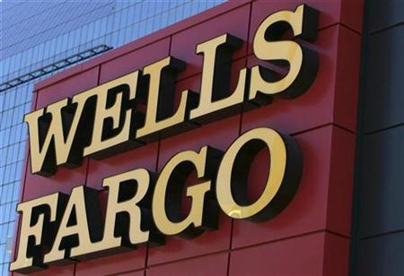 A sign marks the entrance to Wells Fargo bank in Dallas, Texas October 9, 2008. REUTERS/Jessica Rinaldi