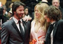 <p>Director Rebeca Miller (R) speaks to actors Keanu Reeves (L) and Blake Lively as they arrive for the screening of the movie 'The Private Lives Of Pippa Lee' at the 59th Berlinale film festival in Berlin, February 9, 2009. REUTERS/Tobias Schwarz</p>