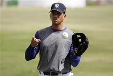 <p>Jogador de beisebol do New York Yankees RAlex odriguez durante treinamento na República Dominicana. REUTERS/Eduardo Munoz</p>