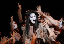 "<p>The actor in the role of Jesus Christ (C) performs at the final dress rehearsal of ""Jesus Christ Superstar"" in Tokyo in this picture taken February 14, 2009. REUTERS/Kim Kyung-Hoon</p>"