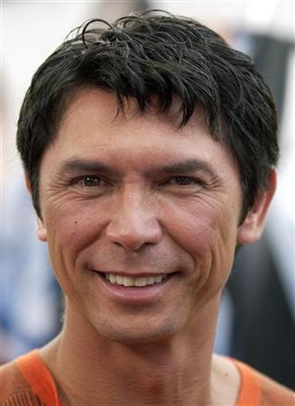 Actor Lou Diamond Phillips arrives at the premiere of his film ''Hollywood Homicide'' in Los Angeles in this June 10, 2003 file photo. REUTERS/Lucy Nicholson/Files