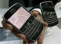 "<p>A Research in Motion (RIM) ""Bold"" BlackBerry device, which will be available to consumers later this year, is shown before RIM's annual general meeting of shareholders in Waterloo, Ontario, July 15, 2008. REUTERS/Mike Cassese</p>"