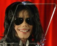 <p>Astro pop Michael Jackson durante entrevista coletiva na O2 Arena, em Londres. 05/02/2009. REUTERS/Stefan Wermuth (GRÃ-BRETANHA)</p>