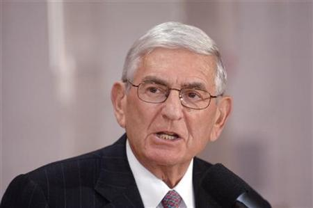 Eli Broad speaks during a news conference in Los Angeles, California April 24, 2006. REUTERS/Phil McCarten