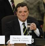 <p>Canada's Finance Minister Jim Flaherty waits to testify before the Senate finance committee in Ottawa March 10, 2009. REUTERS/Chris Wattie</p>
