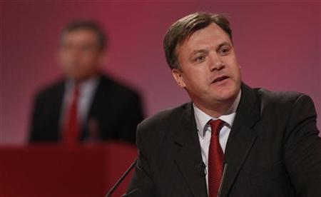 Children, Schools and Families Secretary, Ed Balls, addresses the annual Labour Party conference in Bournemouth, September 26, 2007. REUTERS/Stephen Hird