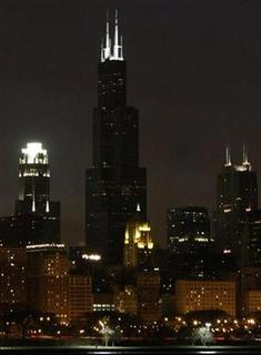 The Sears Tower is shown in the skyline of downtown Chicago March 29, 2008. REUTERS/Frank Polich
