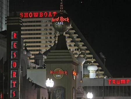 A view from the boardwalk of several casinos in Atlantic City, New Jersey, March 14, 2009. REUTERS/Tim Shaffer