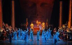 """<p>Artists perform Verdi's opera """"Aida"""" at Cairo's Opera House January 23, 2009 in solidarity with the Palestinians in Gaza. REUTERS/Amr Dalsh</p>"""