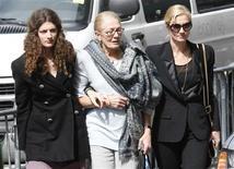 <p>A atriz e mãe de Natasha Richardson, Vanessa Redgrave, sua irmã Joely Richardson, e a sobrinha Daisy Bevan, em Nova York. 20/03/2009. REUTERS/Mike Segar</p>