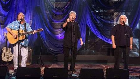 Members of the music group ''Crosby, Stils and Nash'' (L-R) Stephen Stills, Graham Nash and David Crosby perform during the taping of ''The Tonight Show with Jay Leno'' September 18, 2001 at the NBC studios in Burbank. REUTERS/Fred Prouser