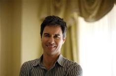 "<p>Eric McCormack, who stars in the film ""Alien Trespass"", poses for a portrait in Los Angeles March 30, 2009. REUTERS/Mario Anzuoni</p>"