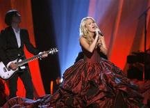 "<p>Carrie Underwood performs ""I Told You So"" at the 44th Annual Academy of Country Music Awards in Las Vegas April 5, 2009. REUTERS/Mario Anzuoni</p>"