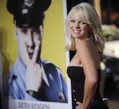 "<p>Cast member Anna Faris attends the premiere of ""Observe and Report"" in Los Angeles April 6, 2009. REUTERS/Phil McCarten</p>"