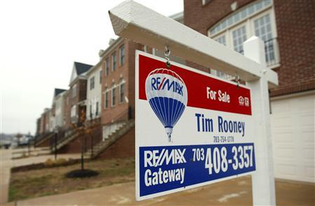 A house for sale in Gainesville, Virginia, March 26, 2009. REUTERS/Kevin Lamarque