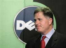 <p>Michael Dell, presidente da Dell, participa de coletiva de imprensa em Pequim em março. Nesta terça-feira, analistas afirmaram que a segunda maior fabricante mundial de computadores pessoais, planeja entrar no lucrativo mercado dos celulares inteligentes, no final do ano, começando pela China.</p>