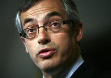 <p>Canada's Minister of Industry Tony Clement speaks during a news conference in the foyer of the House of Commons on Parliament Hill in Ottawa April 7, 2009. REUTERS/Blair Gable</p>