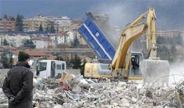 <p>Rapporto Legambiente:ecomafia fattura 20 miliardi di euro l'anno. REUTERS Alessandro Bianchi</p>