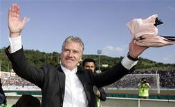<p>Foto de arquivo de Didier Deschamps, ex-capitão da seleção da França, em Arezzo. 26/05/2007. REUTERS/Marco Bucco/Arquivo</p>