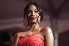 <p>Atriz Rosario Dawson no Metropolitan Museum of Art Costume Institute Gala em Nova York. 04/05/2009. REUTERS/Eric Thayer</p>